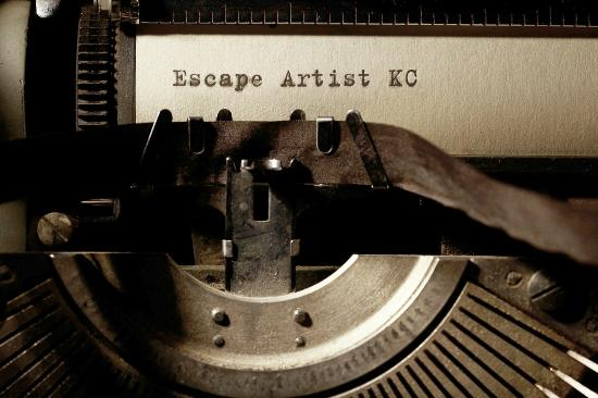 ‪The Escape Artist KC‬