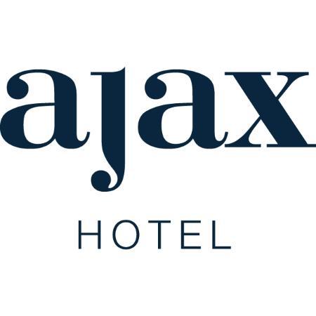 Ajax Hotel: .