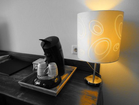 Zevenbergen, Países Bajos: Senseo, koffie & thee op de kamer