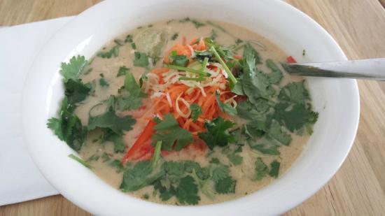 Nudluskalin: Thai Soup based noodles