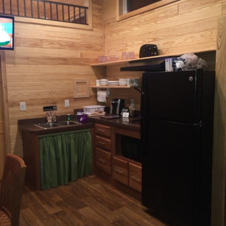 Virginia Beach KOA: Our cabin: Deluxe Cabin for 6 with Loft with view of woods, grill with propane, fire ring &handi