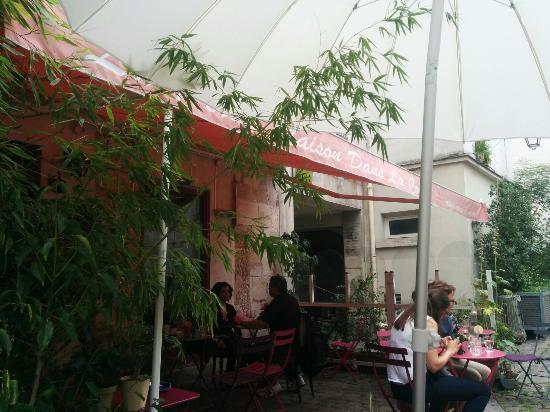 la maison dans la cour le marais restaurant reviews phone number photos