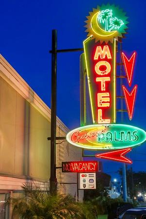 The Crescent Palms Motel : Vintage Motel Sign