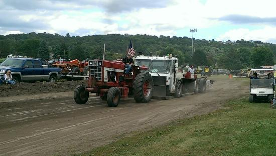 History Center of Olmsted County: Stock class tractor pull