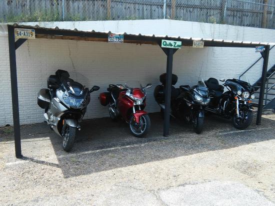 Wagner Inn : Bike Parking !