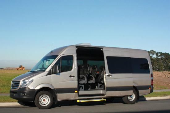 Xquizit Day Tours: Mercedes Sprinter - 16 seats