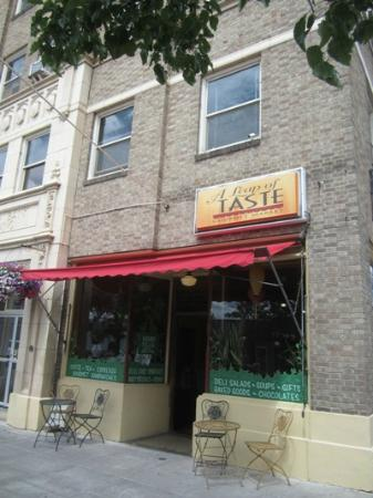 A Leap of Taste: Loved the building