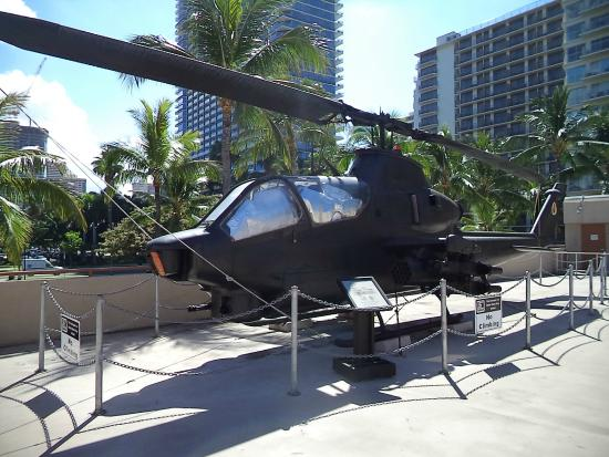 US Army Museum of Hawaii: Rooftop Helicopter