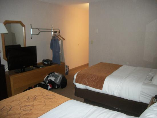 Days Inn Marquette: Two double-beds room