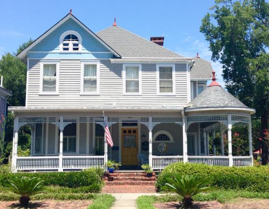 Blue Heaven Bed and Breakfast: Blue Heaven is a beautiful B&B