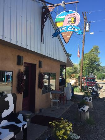 Taos Cow : A must stop spot!
