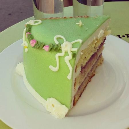 Sweet Lady Jane Princess Cake