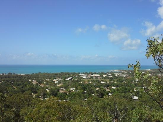 Gove Peninsula Motel: Nhulunbuy from the lookout