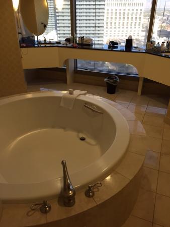 Nice Planet Hollywood Resort U0026 Casino: Strip Suite Bathroom