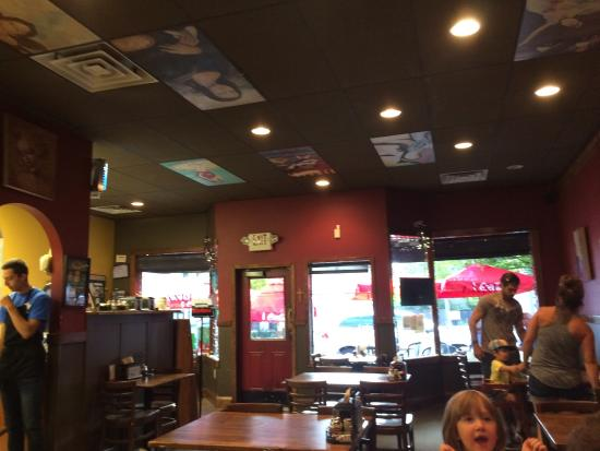 Photo of Pizza Place Vancouver Pizza CO at 2219 Main St, Vancouver, WA 98660, United States
