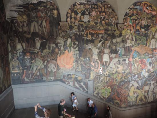 La conquista picture of murales de diego rivera en la for Diego rivera la conquista mural