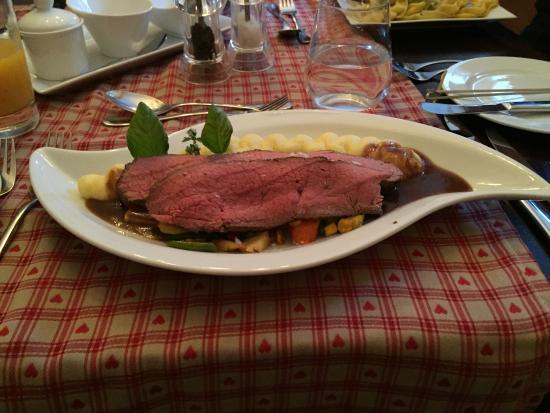 meat dish - bild von berchtesgadener esszimmer, berchtesgaden, Esszimmer