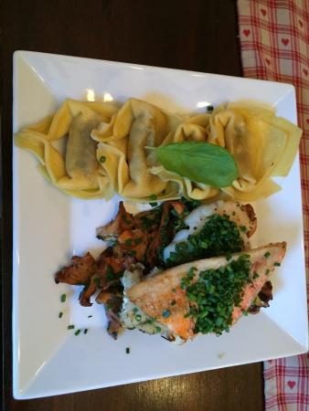 Berchtesgadener Esszimmer: Fish Dish