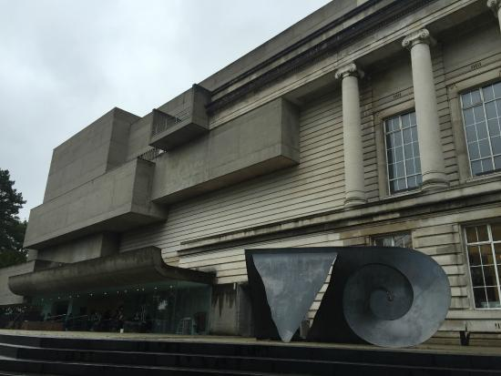 Ulster Museum: the museum