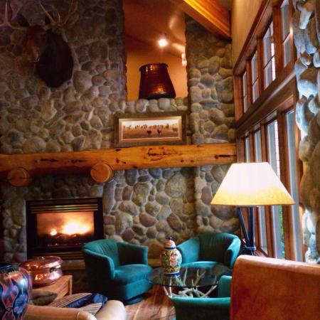 River Rock Lodge: photo1.jpg