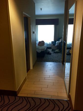 La Quinta Inn & Suites South Bend: King suite