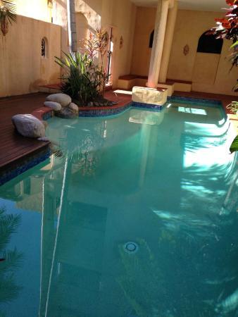 Left Pool
