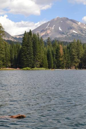 Manzanita Lake Campground: Lake Manzanita