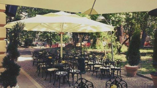 Tobacco Bar Tobacco Garden Bar & Tobacco Garden Bar - Picture of Tobacco Bar Sofia - TripAdvisor