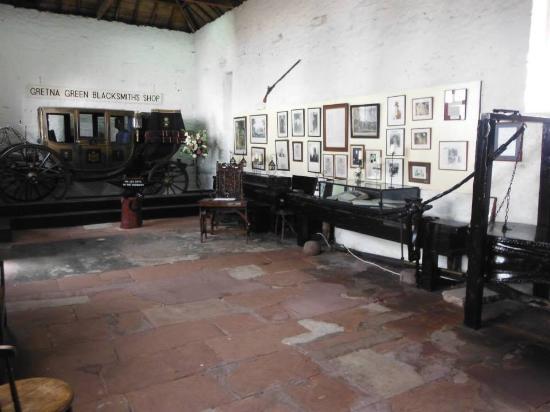 Hunters Lodge Hotel: The Old Blacksmith Shop