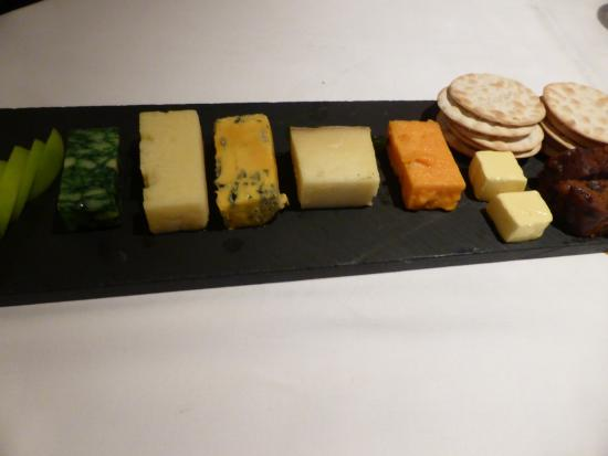 1885 The Restaurant: Very generous and tasty cheese board with boozy grapes substituted with apple