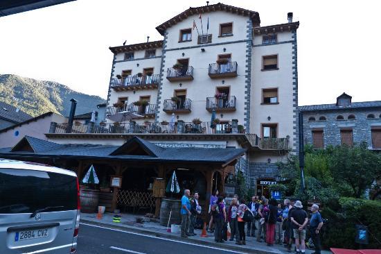 Hotel Sorrosal : Fachada principal del hotel