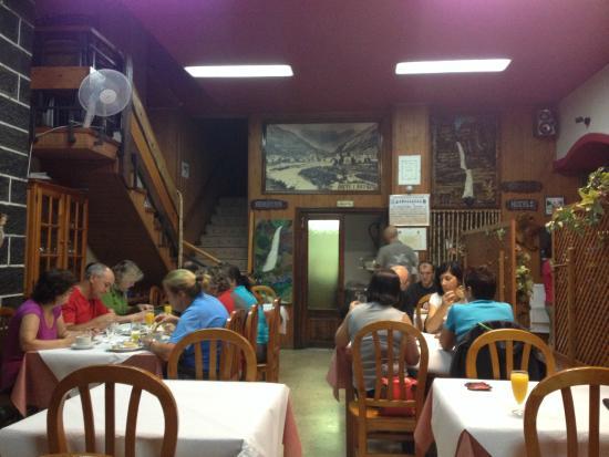 Hotel Sorrosal : Desayuno en el comedor