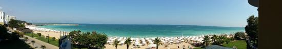 Grifid Encanto Beach: Panoramic view from the balcony on 3rd floor