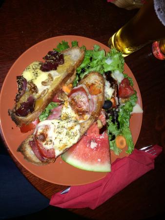 Restaurant l 39 arrosoir dans brive la gaillarde - Cuisine brive la gaillarde ...