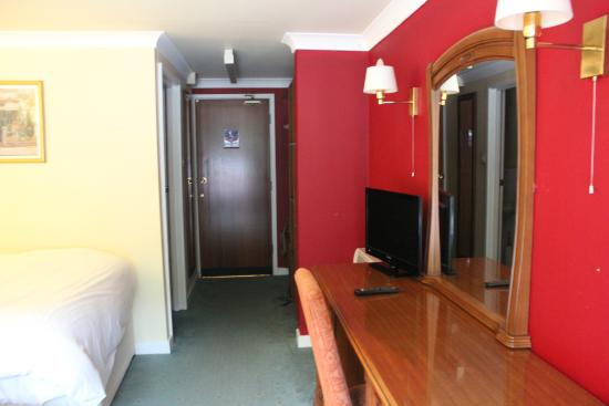 The Pyewipe Inn: our Twin room