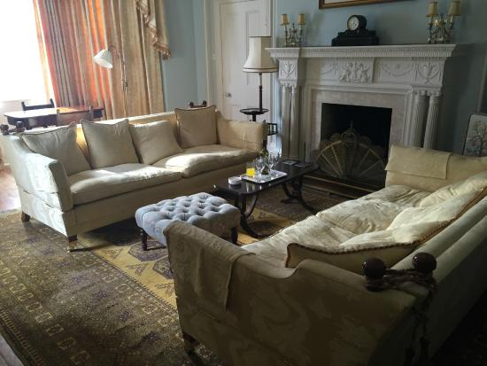 The Close - Bed & Breakfast : Drawing Room
