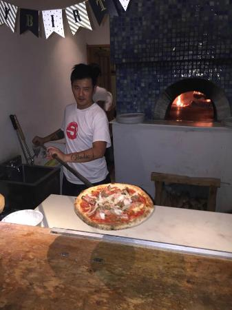 White Beach Hotel: best wood brick oven pizza ever tasted and experienced