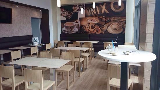 Unixo Hungary Restaurant