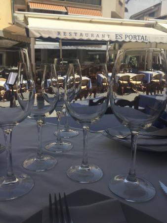 Restaurant Es Portal : ...Paella impresionante y muy amables...