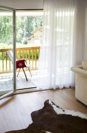 Amber Apartments : Balcony