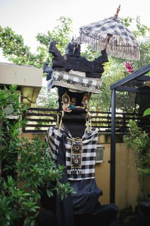 Legian Guest House: TEMPLE