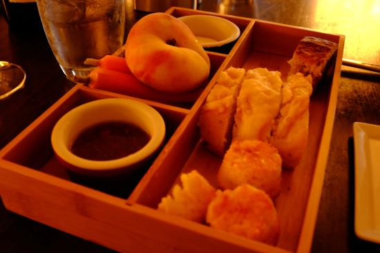 Marsh Tavern: Bread Basket