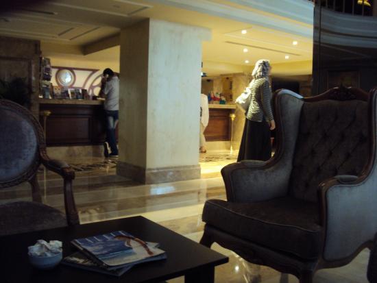 Tilia Hotel: réception