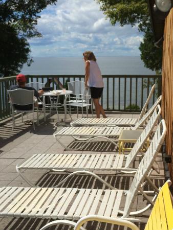 Egg Harbor, Ουισκόνσιν: Shoreside Motel upper sundeck