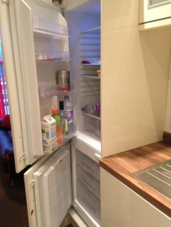 The City Suites : Kitchen 3