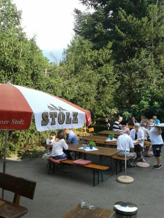 Berggasthaus Haldenhof: Selbstbedienung im Freien
