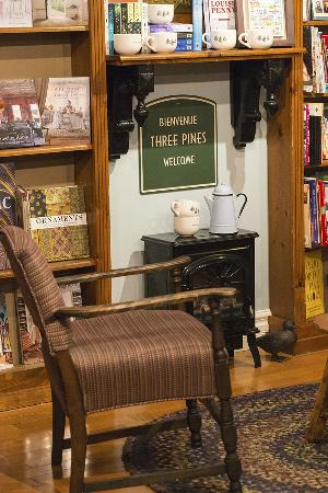 "Manoir Hovey: Luise Penny fans - the ""Three Pines Bookstore""!"