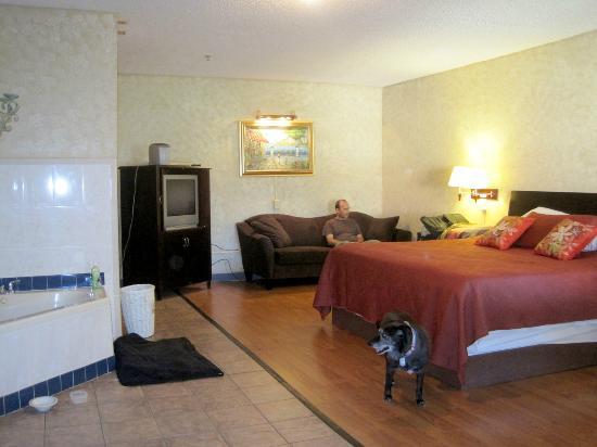 The Garden Villas: Our room c