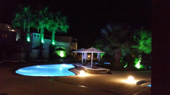 Lindos Gardens Resort Complex: Pool at night