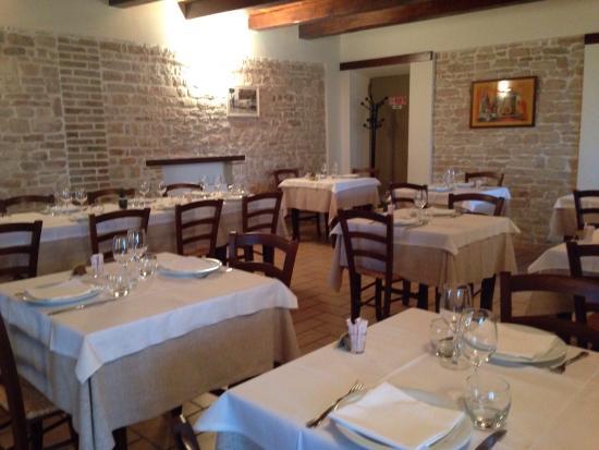 Agriturismo Il Rustico Arcevia Hotel (Marche): Prezzi 2018 e ...